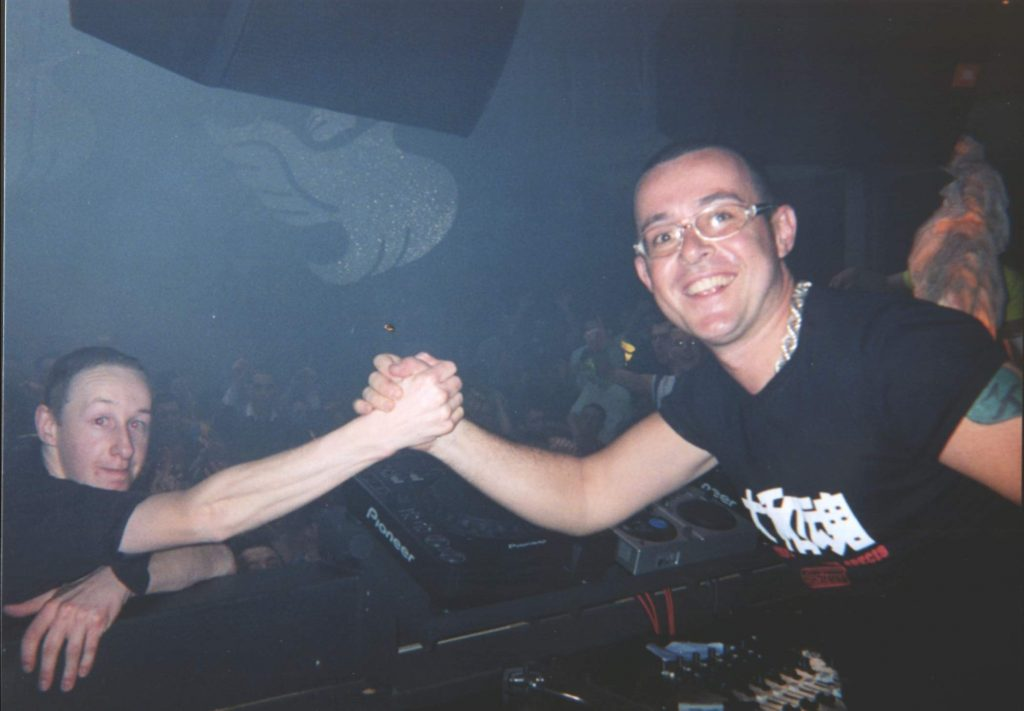 DJ Dave meets DJ Super star - Judge Jules - Happy Sounds Mobile Disco