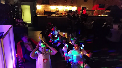 Fancy Dress Party - Happy Sounds Mobile Disco - Oops upside your head