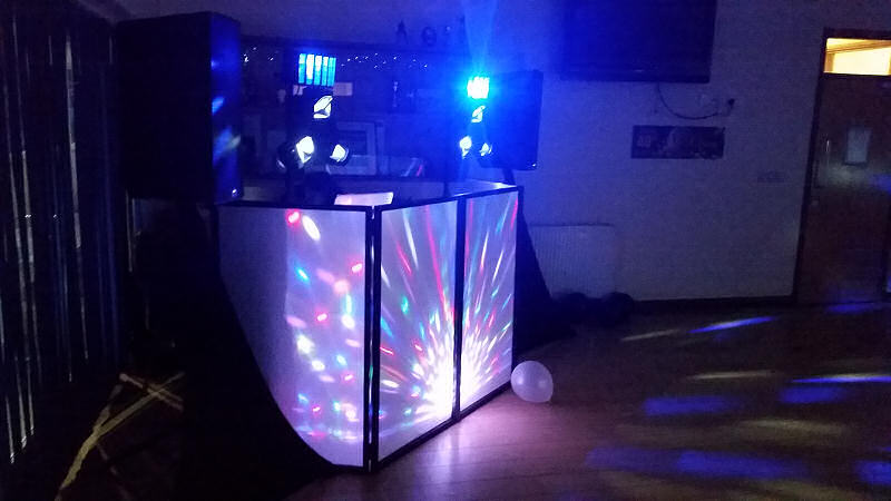 40th Birthday Disco - Oswestry Cricket Club - Happy Sounds Mobile Disco